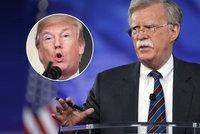 """Trump má nového kontroverzního poradce. """"Lidská špína,"""" psali o něm v KLDR"""