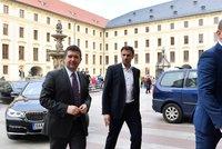 Za Zemanem dorazili lídři ČSSD Hamáček a Zimola. Jaké rady hledají na Hradě?