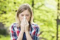 """""""Vykvetlo všechno najednou."""" Alergici zažívají kvůli počasí peklo"""