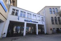 Zkrachovalou huť Poldi vydražil nový majitel za 260 milionů. Prý rozjede výrobu