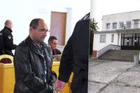 Igor ubodal manželku před zraky policie: Dostal 16 let