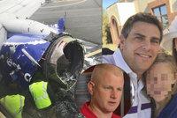 Matku vcuclo okno letadla: Promluvil hrdina, který ji vtáhl zpátky