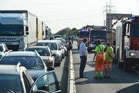 Dopravní kolaps u Ostravy: Dálnice D1 byla uzavřena! Našla se tu nevybuchlá munice