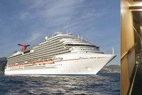 Jako na Titaniku: Chodbu luxusní výletní lodi zaplavila voda, pasažéry vedli do bezpečí