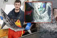 Dramatická záchrana rybáře Maxe (21) helikoptérou: Potrhal ho žralok