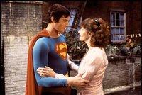Poslední dny před smrtí Supermanovy lásky Loise Lane (†69): Okradli ji feťáci, z domu si udělali varnu!