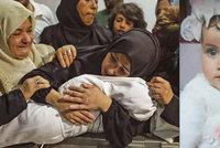 """""""Plakala, najednou utichla."""" Zdrcená matka popsala smrt osmiměsíční dcery v Gaze"""
