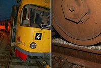Kvůli kamení na kolejích v Mostě málem vykolejila tramvaj: Naskládaly ho tam děti...už podruhé