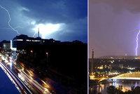 """Takhle to """"blikalo"""" v Praze! Bouřka připravila na obloze světelnou show"""