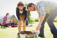 Den otců si razí cestu Českem. Podpoří táty u dětí bonus pro druhého rodiče?