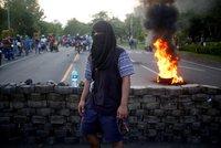 84 mrtvých za šest týdnů. Krvavé protesty mají smést prezidenta Ortegu a jeho ženu