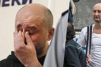 """Manželce se omluvil za """"peklo"""". Novinář Babčenko je naživu, vraždu zinscenovali"""