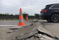Kalamita na dálnici D5: U Plzně popraskala vozovka!