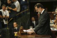 Ve Španělsku poprvé od diktatury padla vláda. Rajoye smetla korupce
