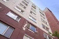 Obrovská tragédie: Davídek (†6) vypadl z okna v 6. patře, když chtěl zamávat sestře