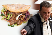 """»Mlátička« Ondráček si kebab nedá: """"Někdo do něj dal jed."""" Museli mu to vysvětlit"""