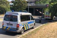 Tragická nehoda na Pankráci: Motocykl srazil chodce, muž na místě zemřel