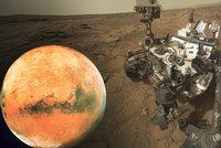 Známky života na Marsu? Vědci potvrdili výskyt důležitého plynu