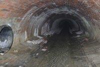 Dobrodružství i smrtelný risk: Tohle jsou 4 km podzemí Motolského potoka