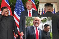 Řeč těla mocných: Silácký Trump vtipkoval o tloušťce, nervózní Kim se uvolnil