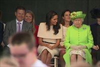 Trapas privilegované Meghan: Sama s královnou byla už měsíc od svatby! Kate to trvalo skoro rok. Co se stalo?