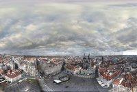 Unikátní panoramatickou fotku Prahy tvoří 8 tisíc snímků: Americký fotograf je »nacvakal« z věže Staroměstské radnice