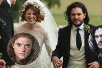Hvězdy seriálu Hry o trůny si řekly »ano«: Jon Snow si vzal divokou Ygritte!