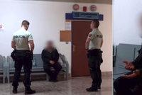 Natáčel si sex se studentkou (16) a posléze ji vydíral, policie muže (40) obvinila