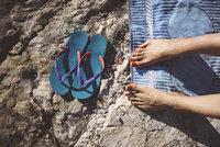 Jaké boty si vzít na dovolenou? Nesmějí vám chybět kousky do letadla a na pláž!