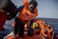 """V OSN """"upekli"""" pakt o migraci. Podpis USA chybí, Maďaři možná couvnou"""