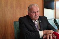 Průměrný důchod bude 17 tisíc, láká ministr Krčál. A chce zatopit zneužívačům dávek