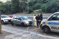 Obrovské neštěstí v Bělehradské: Dvě dívky (12) srazilo auto