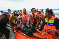 Trajekt se potopil 200 metrů od břehu. Utopilo se nejméně 24 lidí včetně dětí