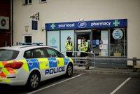 Britská policie našla lahvičku od novičoku. Jedna z obětí ji měla doma