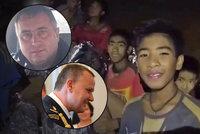 Čeští experti vyrazili na pomoc chlapcům v thajské jeskyni. Co už zvládli?