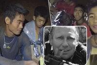 Lékař, který zůstával s fotbalisty v jeskyni, trpí: Tragédie po hrdinské záchraně