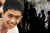Hrdina z jeskyně: Uprchlík Adul (14) mluví pěti jazyky, pomohl záchranářům komunikovat