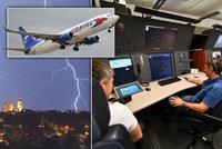 """Piloti """"kličkují"""" mezi bouřkami, letos jich přibylo. Některé nejde ani předpovědět"""