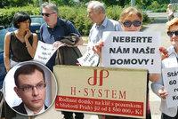 Do Zemana se navezli experti: Do H-Systemu nemá co mluvit a šéf soudu mu není podřízený