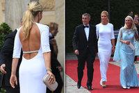 Monika Babišová vytáhla bílou róbu, s manželem vyrazili na operu. I s Merkelovou