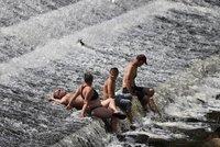 Tropy v Česku: V pondělí bude ve stínu i 34°C. A na přímém sluníčku výheň až 50°C