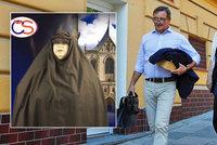 Rath chce křeslo v Senátu. Spřáhl síly se ženou, která v burce bouřila proti muslimům