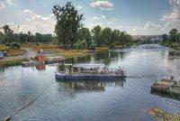 Přívozem po vltavských vlnách: Na řeku se o víkendu vrátí sezónní lodě