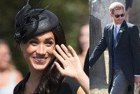 Neposedný knoflíček: Vévodkyně Meghan ukázala světu krajkovou podprsenku!