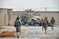 Sebevrah v Afghánistánu zabil tři české vojáky. Výbuch je zasáhl při obchůzce základny