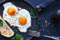 Kolik vajec můžete sníst? Jedno denně může snížit riziko mrtvice a infarktu