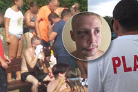 David (25) bránil matku na koupališti, zbili ho jak řešeto: Takhle dopadl! Tekla mu krev všude, popsal plavčík