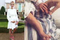 Hubeňoučká modelka Zuzana Stráská porodila! Dcera má dlouhé nohy po mamince