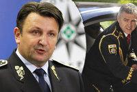 Škatulata s policejními prezidenty. Tuhý balí na Slovensko, Gašpar už radí Hamáčkovi