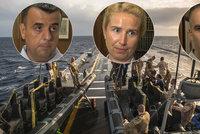 Češi bojují s pašeráky migrantů i angličtinou italských kolegů. Operaci si chválí